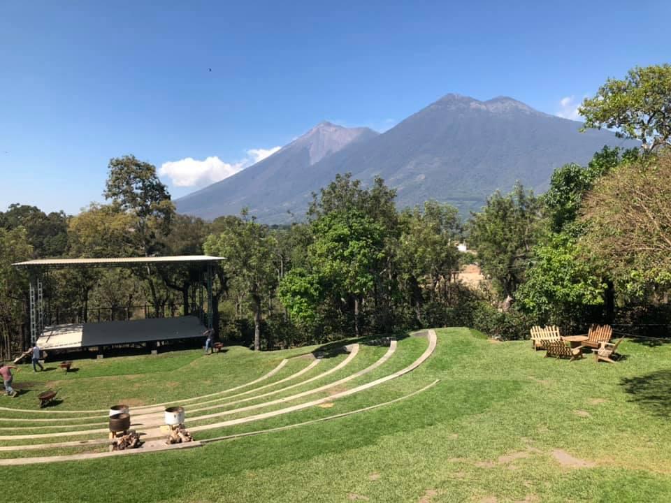 best bar antigua guatemala